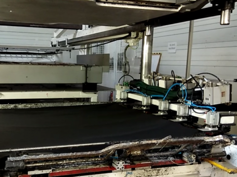 Lamination in der Automobilindustrie
